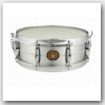 Gretsch 5x14 Chrome Over Brass Snare Drum. Finish: